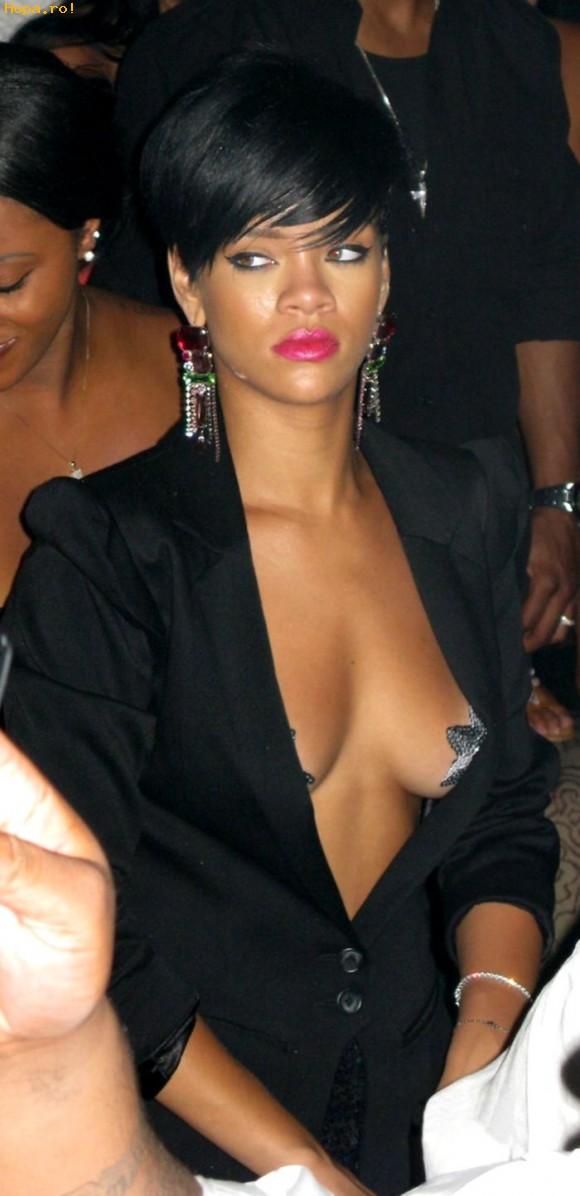 Celebritati - Rihanna - sexy
