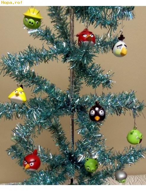 De Sarbatori - Angry Birds