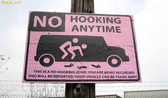 Anunturi - Interzis in masina !