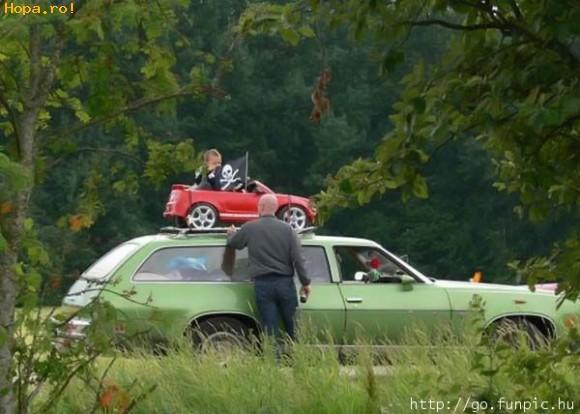 Copii - Are si el masina lui