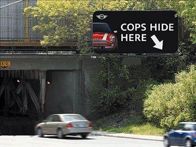 Auto Moto - Unde sta politia!