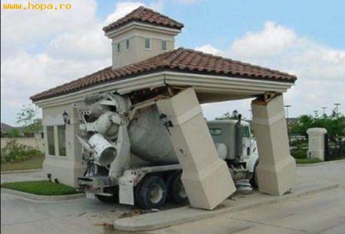 Auto Moto - Cu betoniera pe terasa