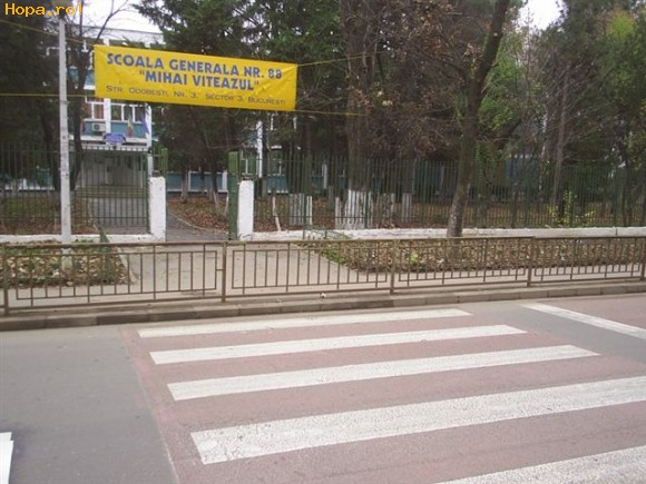 Din Romania - Sa traversam strada