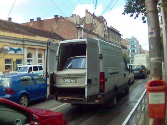 Auto Moto - Transportam masini cu...microbuzul