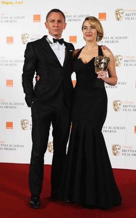 Celebritati - Kate Winslet si Daniel Craig