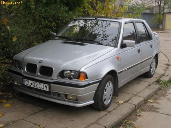 Din Romania - Chiar si cu sigla de BMW...tot o amarata de Dacie e
