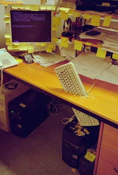 Ciudate - Suport pentru tastatura