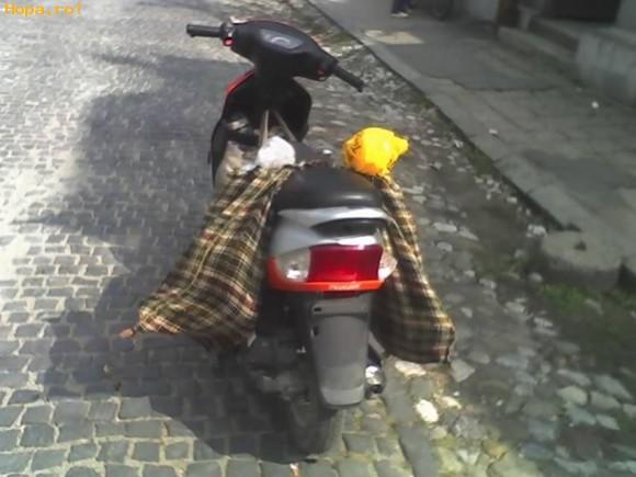 Auto Moto - Scuter pentru bunici