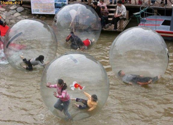 Diverse - Jocuri ciudate pe apa