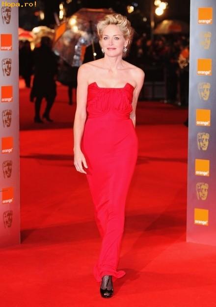 Celebritati - Premiile Bafta 2009 - Sharon Stone