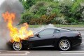 Auto Moto - Ferrari in flacari