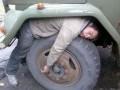 Betivi - Somn usor pe roata de la tractor