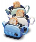 Gadgets - 2 in 1: ceainic si prajitor de paine