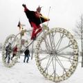 Sport - bicicleta din mingi !!