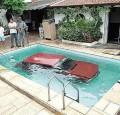 Auto Moto - La piscina