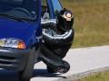 Auto Moto - Motociclist la volan