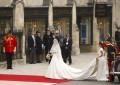 Celebritati - Rochia de mireasă a lui Kate Middleton
